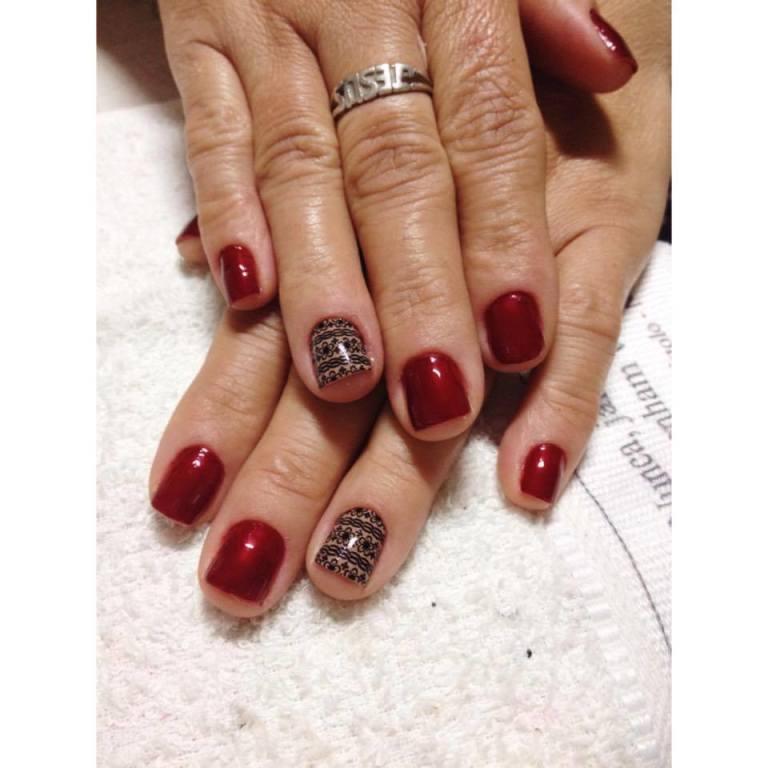 Ta ai o resultado de ter filha manicure, estar com as unhas sempre bem feitas #elaadora #nãotrocapornada #mãe #unhas @amo