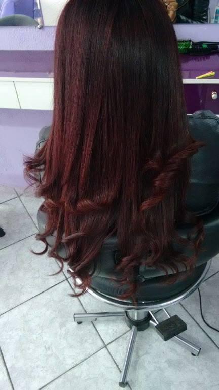 depois da escova modeladora empresário(a) / dono de negócio cabeleireiro(a)