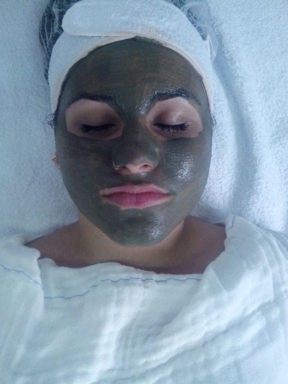 #Argiloterapia esteticista designer de sobrancelhas maquiador(a) massoterapeuta