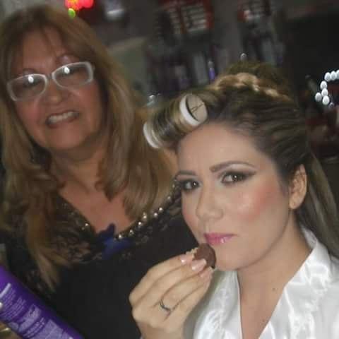 stylist /visagista maquiador(a) docente / professor(a) vendedor(a)