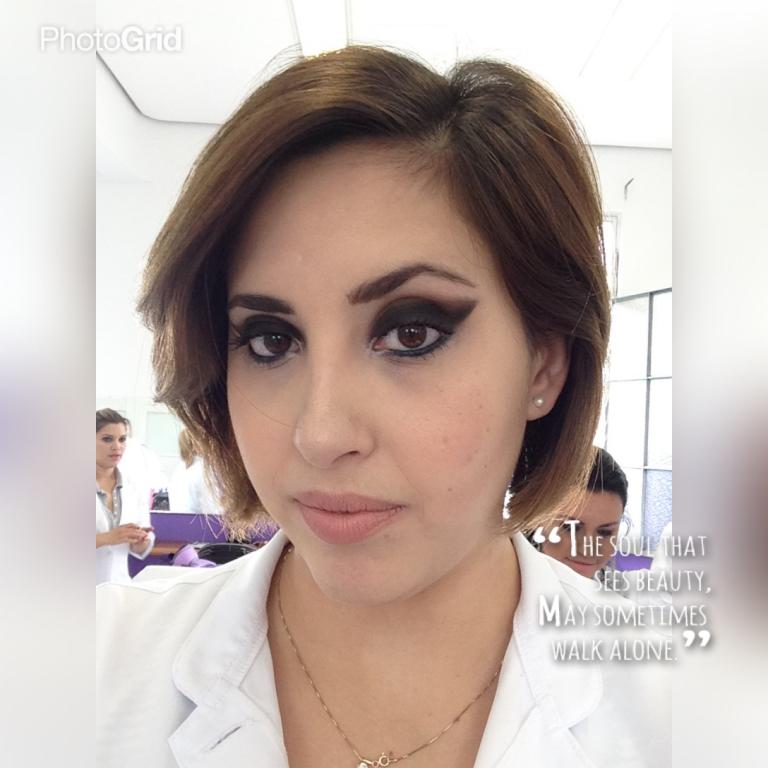 estudante designer de sobrancelhas micropigmentador(a) estudante (esteticista)