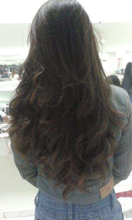 Corte em camadas, escova modelada. #cortes estudante cabeleireiro(a)
