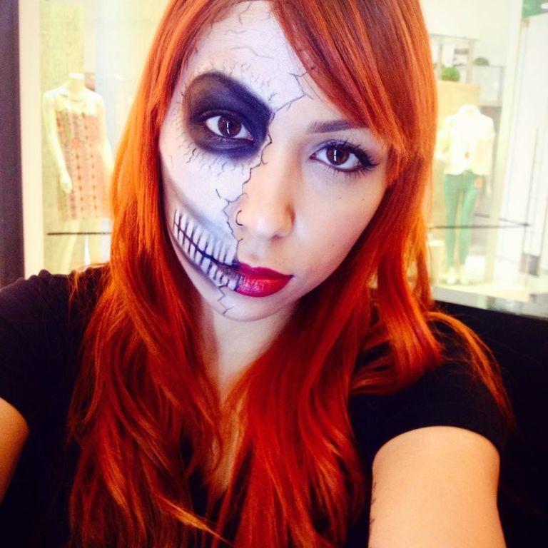 Caveira - Halloween maquiador(a) designer de sobrancelhas