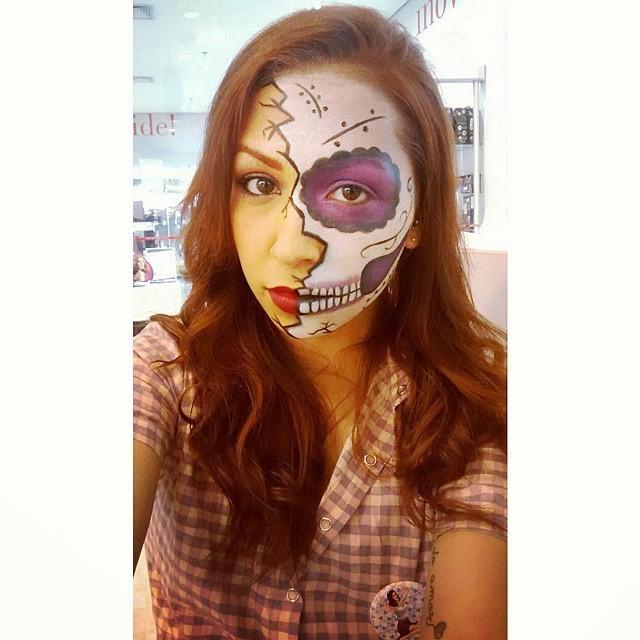 Caveira Mexicana - Halloween maquiador(a) designer de sobrancelhas