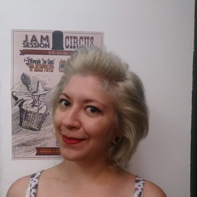 Descoloração . auxiliar cabeleireiro(a) depilador(a) designer de sobrancelhas manicure e pedicure cabeleireiro(a) escovista recepcionista