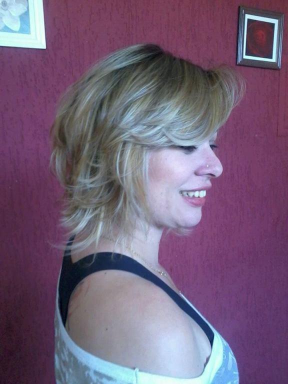 chanel de bico super desconectado e mechas peroladas cabeleireiro(a) maquiador(a)