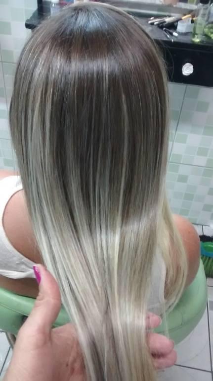 Ombré Hair perolado cabeleireiro(a)