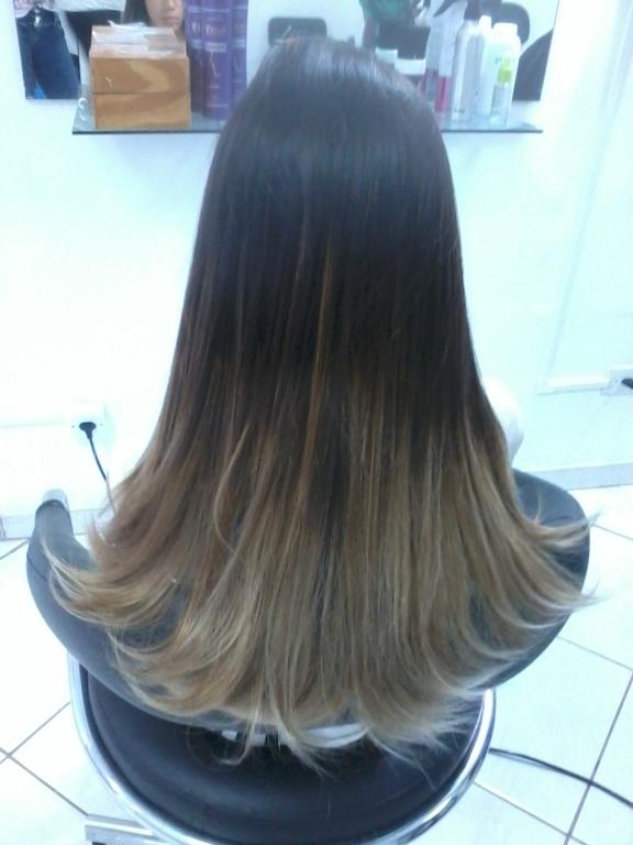 Mechas californiana , hidratação e corte  cabeleireiro(a)