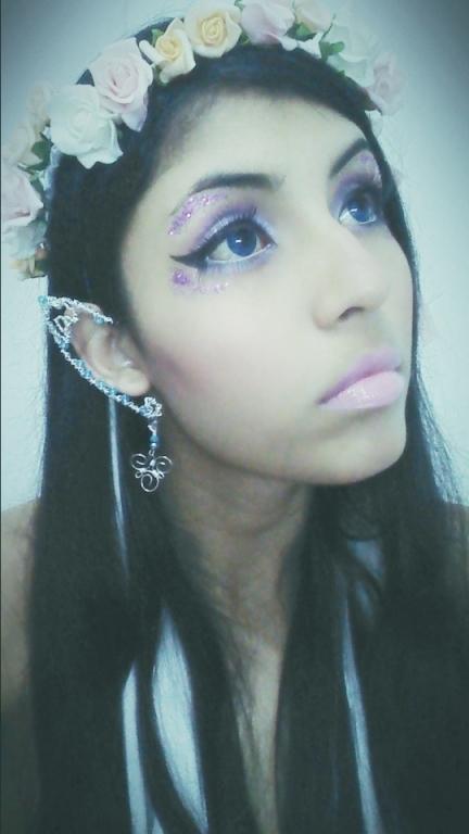 Make up Elfa :)  estudante maquiador(a) designer de sobrancelhas recepcionista