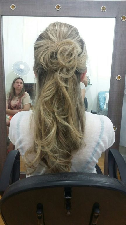 outros cabeleireiro(a)