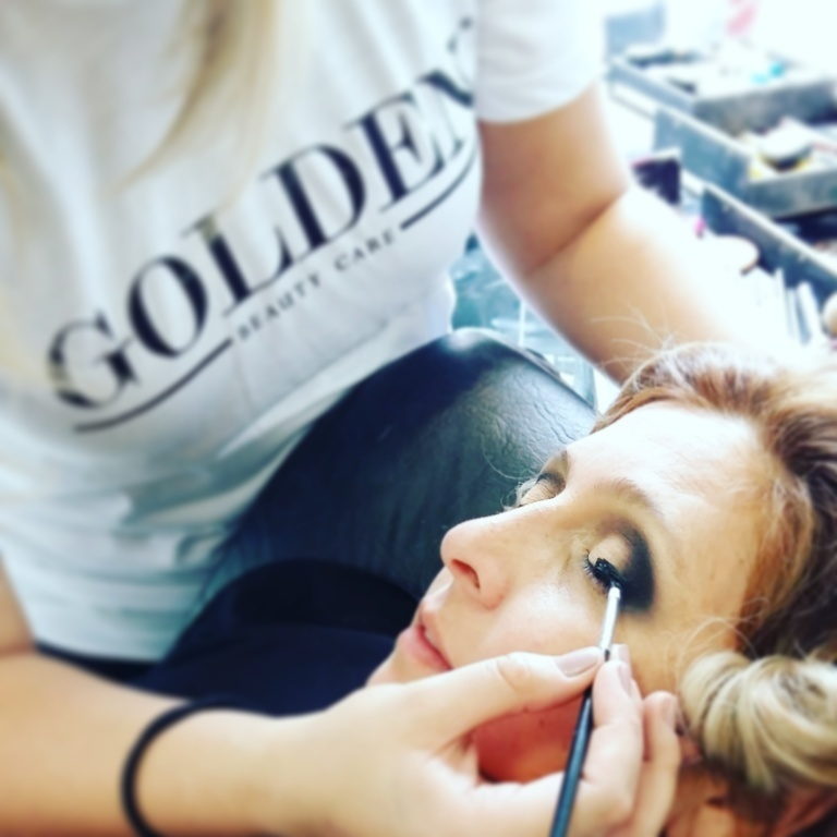 Maquiagem Isabel Cristina . No Golden Beauty Care . Em Curitiba ##curitiba ##Curitibacool  cabeleireiro(a)