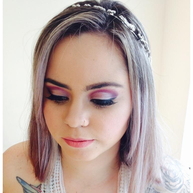 Maquiagem conceitual - Festa. maquiador(a) designer de sobrancelhas