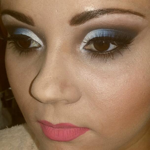 #makeup #carolseixasmakeup #ilovemyjob #ilovemakeup #casamento #wedding #noiva #noivinha  #madrinha #debutante #maquiagem #sobrancelhas #beleza #cutcrease maquiador(a) esteticista