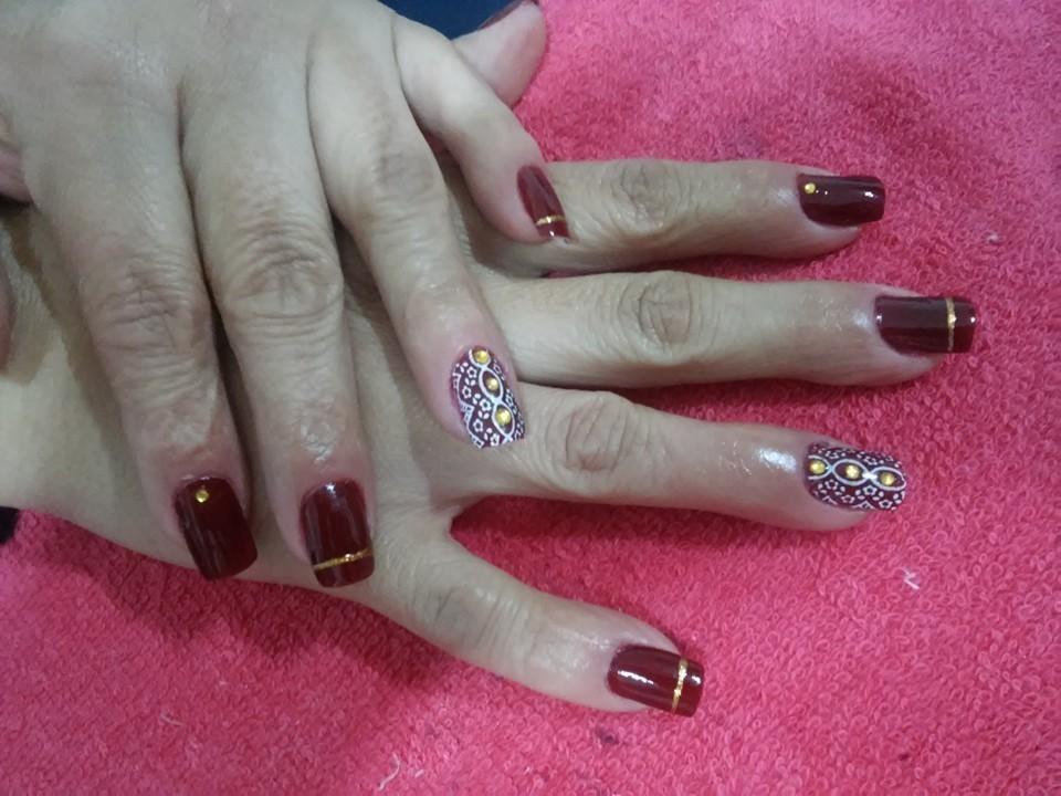 manicure e pedicure recepcionista