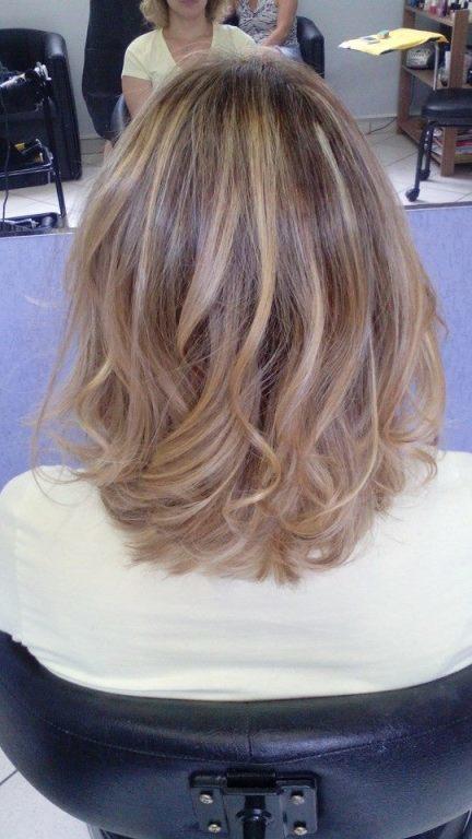 mechas loiro divo cabeleireiro(a) maquiador(a)