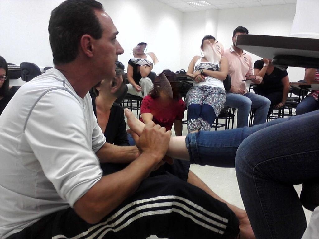 aprendizagem  em reflexologia, relaxante  podólogo(a)