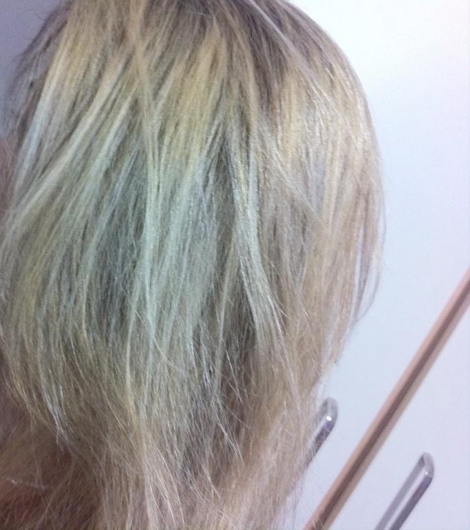 Correção de cor depois ... cabeleireiro(a)