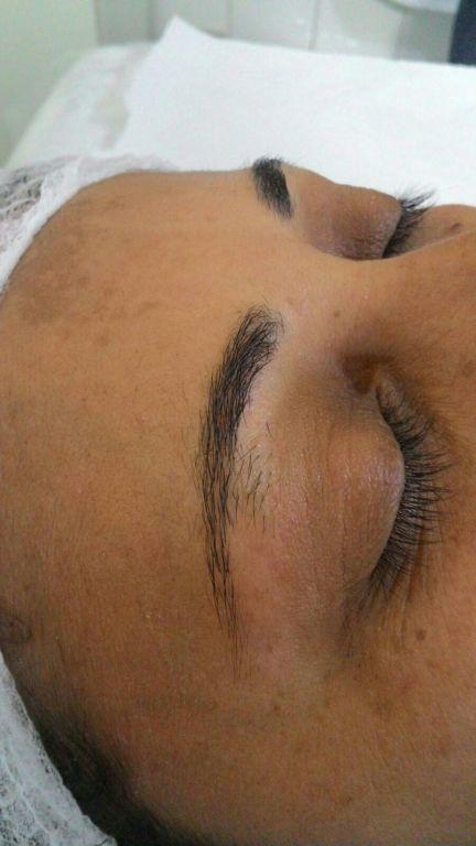 cabeleireiro(a) designer de sobrancelhas micropigmentador(a) esteticista depilador(a)