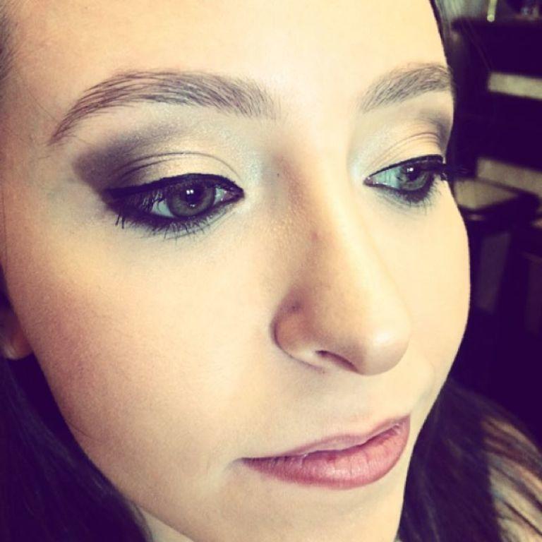 Pele bem iluminada #makeup #makeupartist maquiador(a)