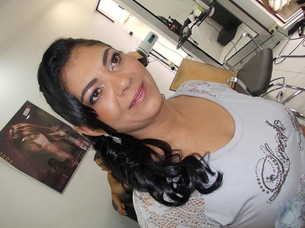 cabeleireiro(a) maquiador(a) docente / professor(a)