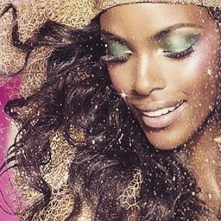 Make up aproveite voce tambem e se ilumine como Studio Divas..Patty cabeleireiro(a) depilador(a) consultor(a) maquiador(a) manicure e pedicure