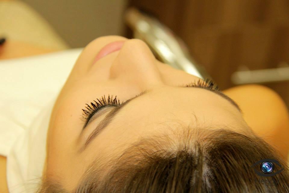 maquiador(a) esteticista designer de sobrancelhas gerente