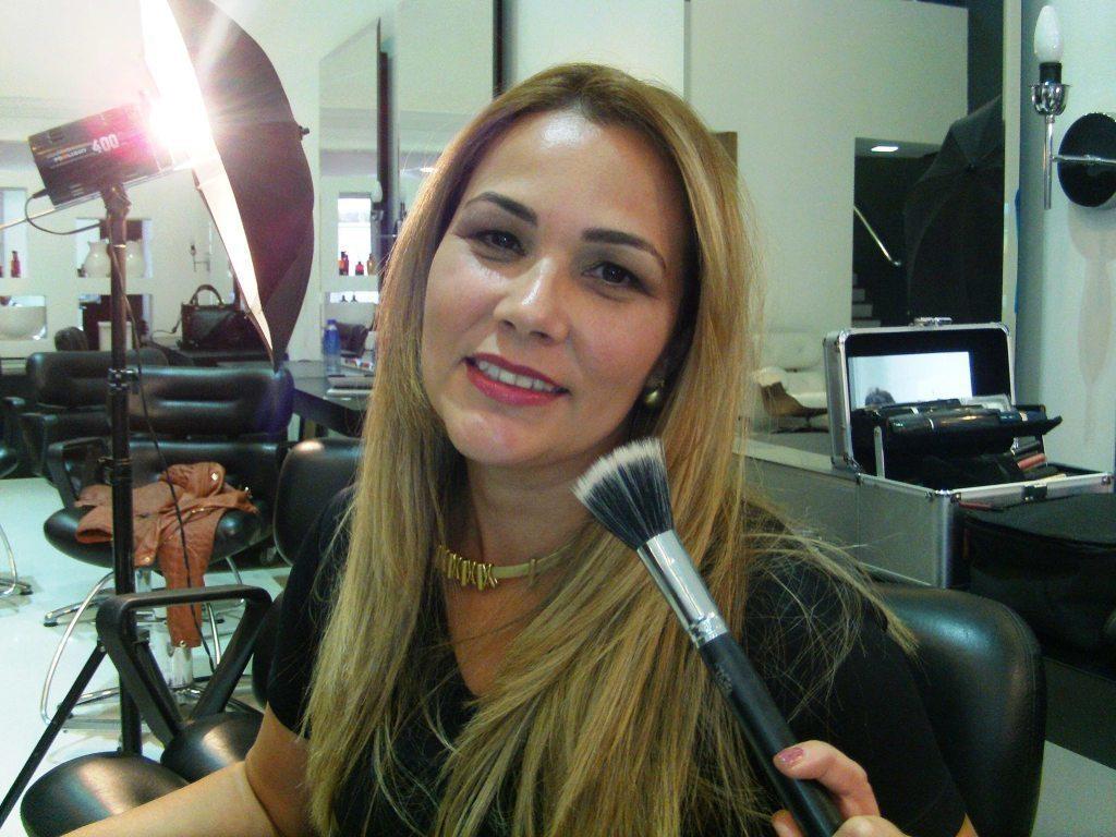 Make up art Rosemary Leal maquiador(a) docente / professor(a)