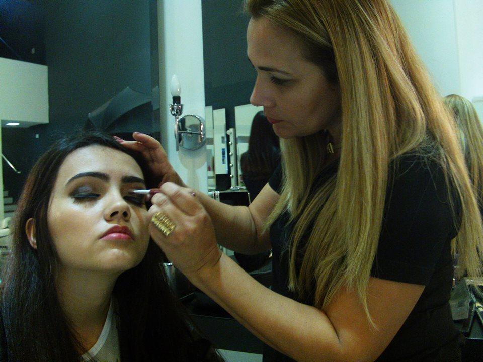 Maquiagem catalago Boca e olho tudo Diana  Make up art Rosemary Leal maquiador(a) docente / professor(a)