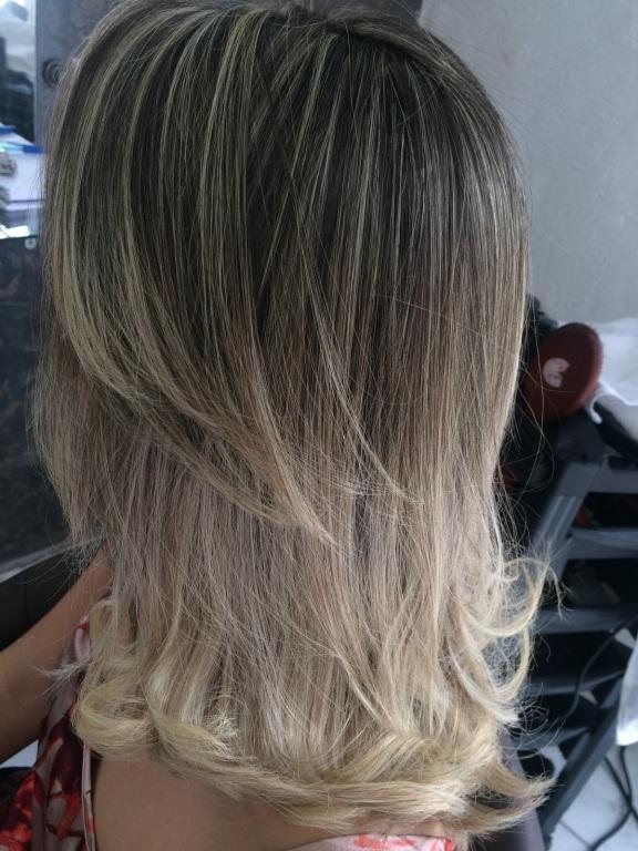 #loirotop #platina  cabeleireiro(a) auxiliar cabeleireiro(a)
