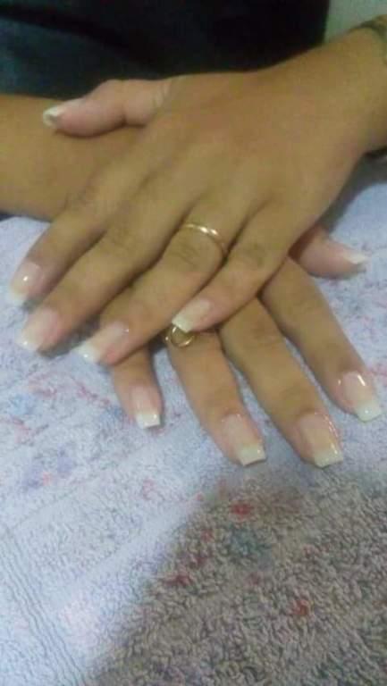 acrigel com 1 mês de manutenção  manicure e pedicure