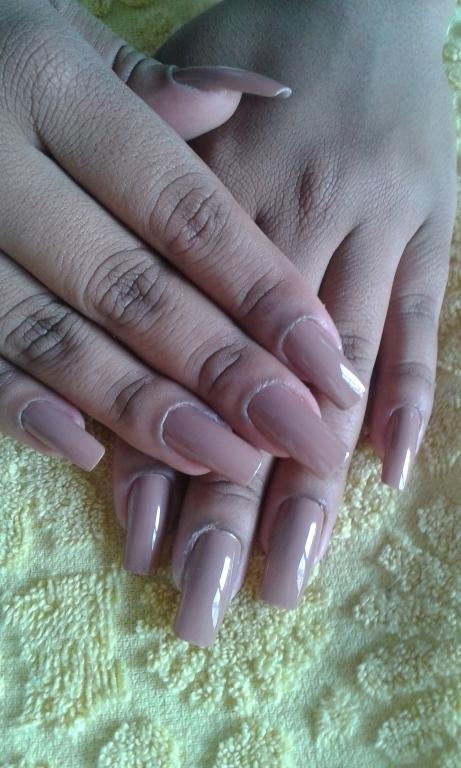Posticas manicure e pedicure