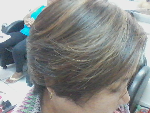cabeleireiro(a) stylist manicure e pedicure barbeiro(a)