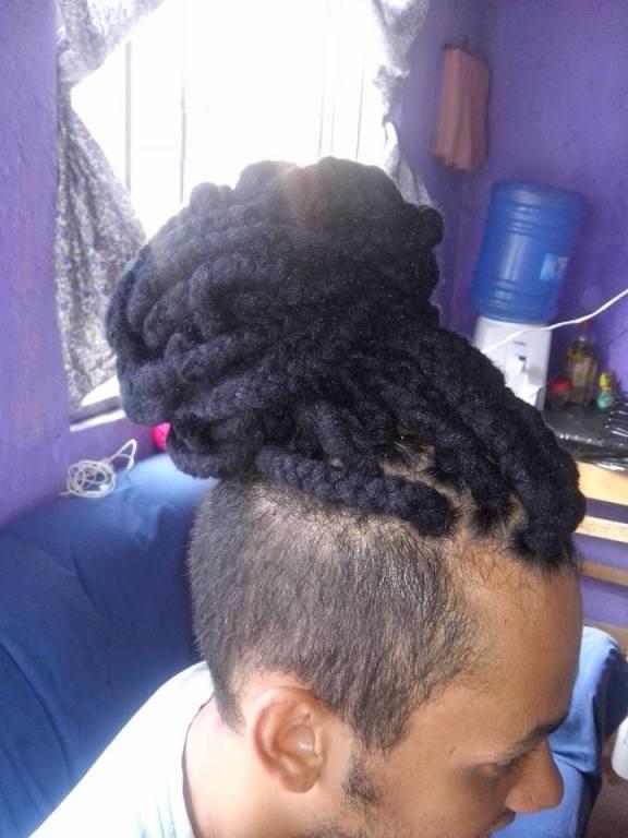 Drads. Também amo fazer #Afro #AfroDrads auxiliar cabeleireiro(a)