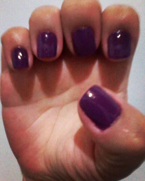 Linda cor Vinho, escolha a sua encomende pelo 44-997274937 (Whatss) ou Inbox. 💅💅💅 unha manicure e pedicure