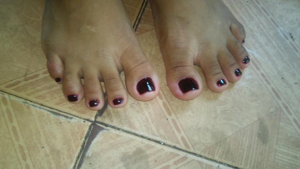primeira cliente ... iniciando meus trabalhos manicure e pedicure