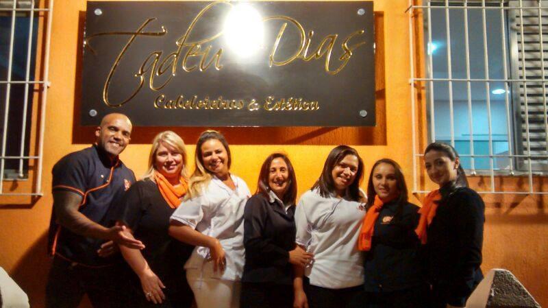 Salão de beleza e estetica Tadeu Dias, trabalhei aqui por 02 anos,  em Presidente Altino minha equipe de funcionaria cabeleireiro(a) barbeiro(a)