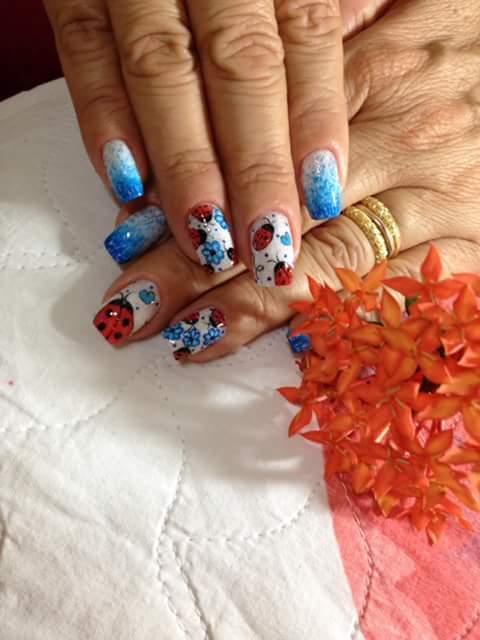 manicure e pedicure auxiliar cabeleireiro(a) auxiliar de limpeza recepcionista gerente
