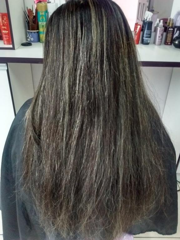 Antes mechas platinadas empresário(a) cabeleireiro(a)