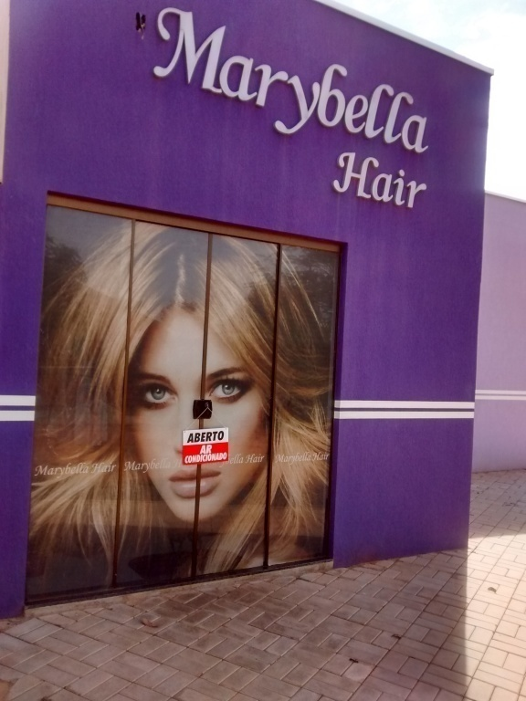 cabeleireiro(a) vendedor(a) manicure e pedicure designer de sobrancelhas depilador(a)