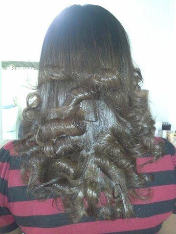 ESCOVA MODELADA PARA FORA cabeleireiro(a) maquiador(a) designer de sobrancelhas depilador(a)