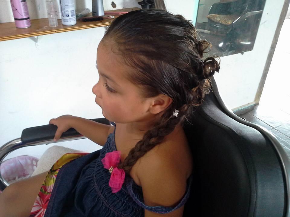 PENTEADO cabeleireiro(a) maquiador(a) designer de sobrancelhas depilador(a)