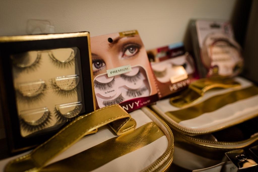 maquiador(a) stylist /visagista empresário(a) / dono de negócio coordenador(a)