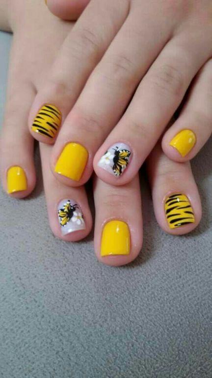 manicure e pedicure atendente