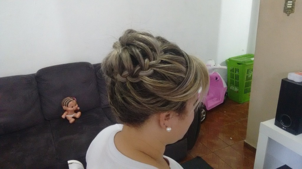 stylist / visagista técnico(a) capilar