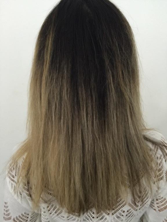 cabeleireiro(a) maquiador(a) cabeleireiro(a) maquiador(a)