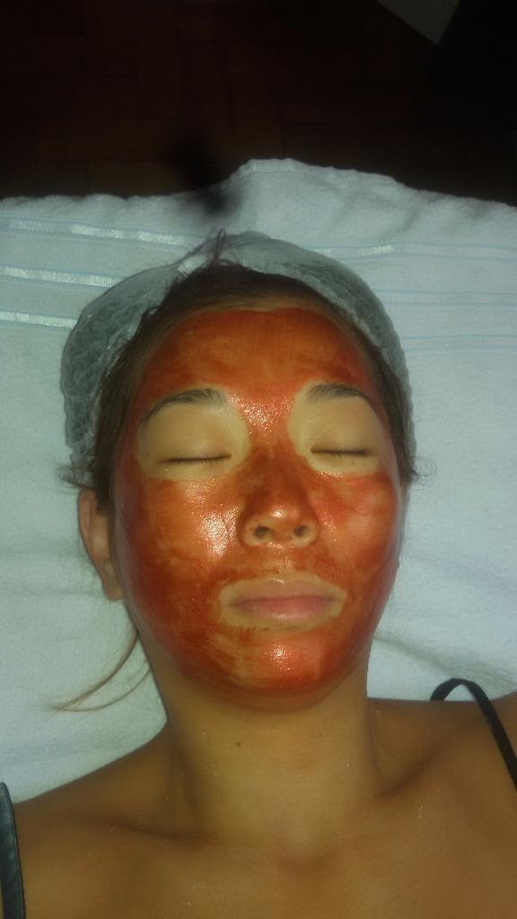 Limpeza de pele e Revitalização com Bio Age 4 elementos-Fogo(Colágeno e Rocha Vulcânica). esteticista designer de sobrancelhas