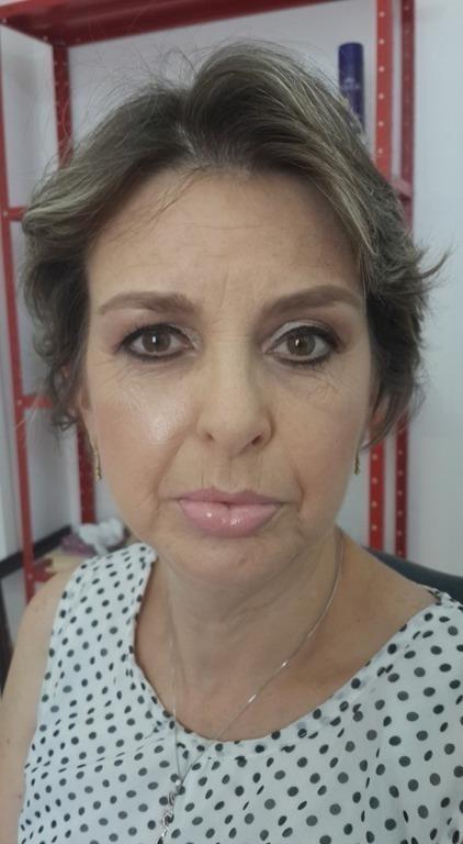 Maquiagem em Pele Madura deve ficar suave e elegante... #make #maquiagem #pelemadura #fozdoiguacu #maquiadora maquiador(a) consultor(a)