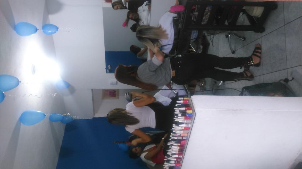 auxiliar cabeleireiro(a)