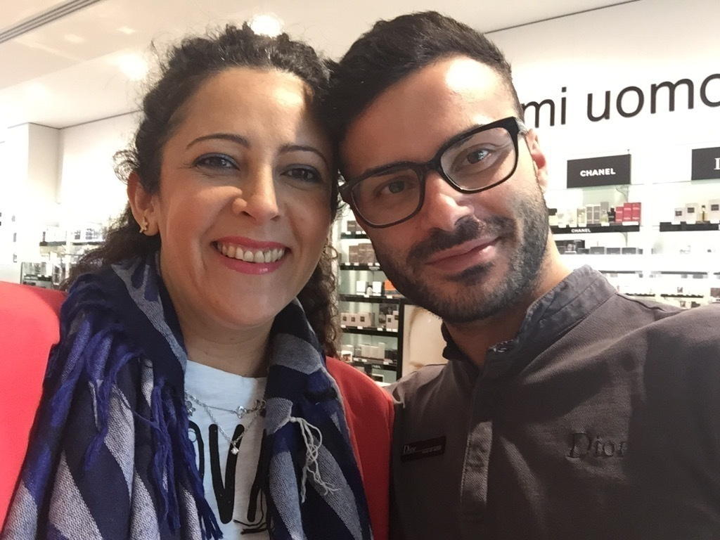 Trucador da marca Dior ( Italia) esteticista