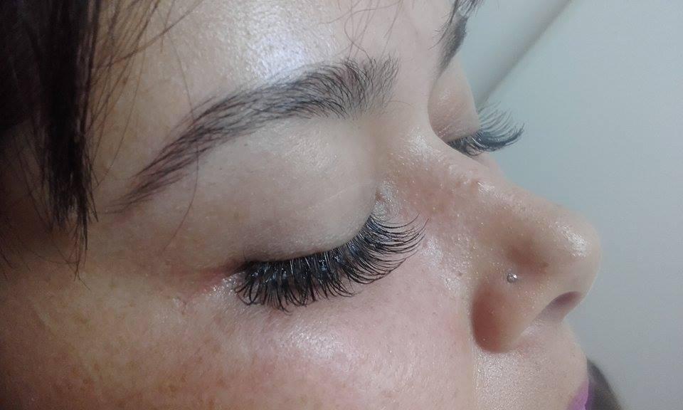 esteticista designer de sobrancelhas maquiador(a) depilador(a) esteticista esteticista esteticista